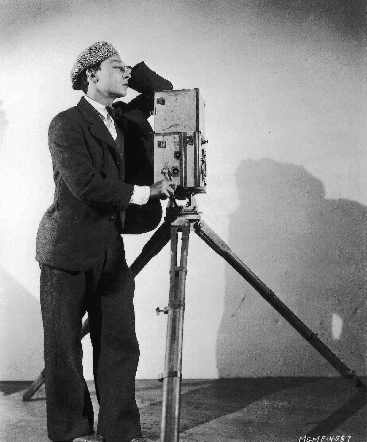 Devenir assistant de production : un métier dans le domaine du cinéma